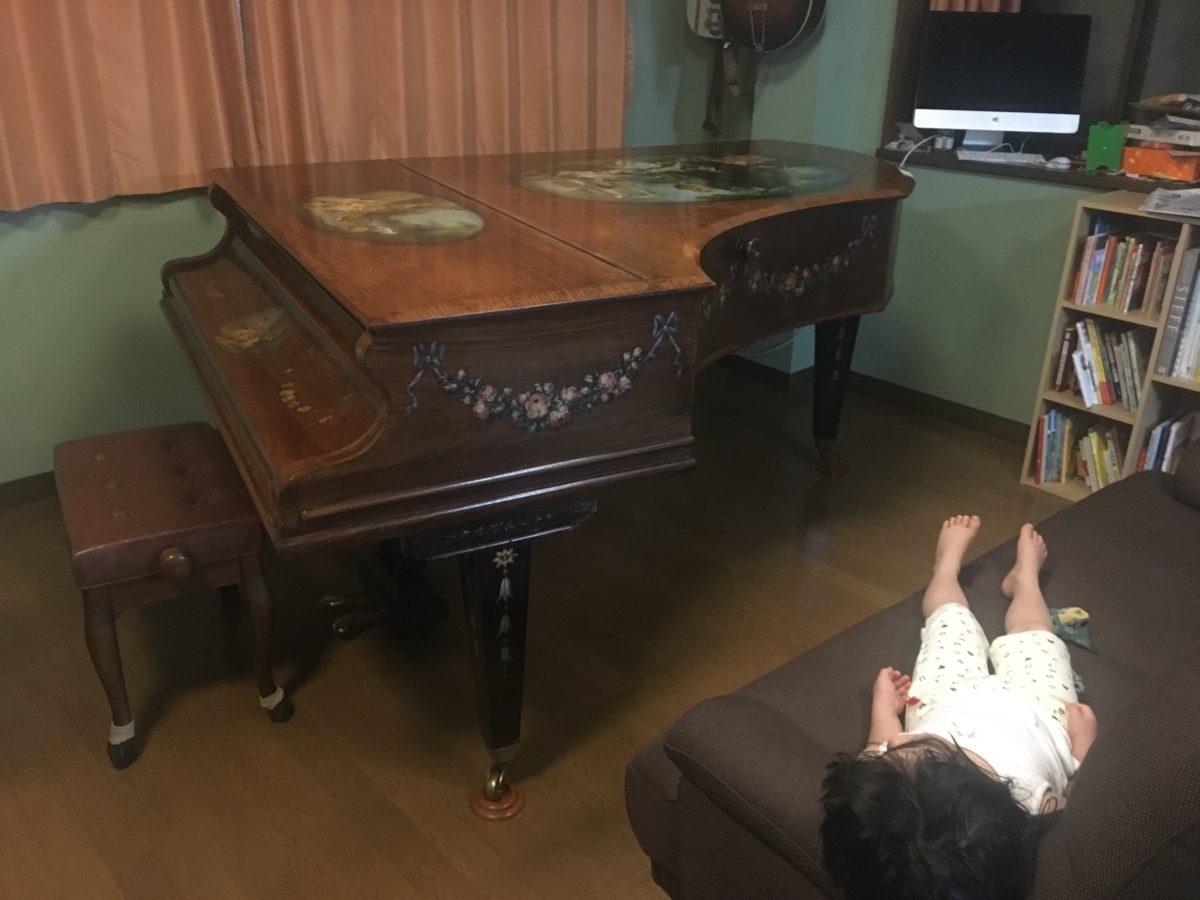 もっとこのピアノに向かっていられるように、弾けるようになりたい。 C. BECHSTEIN V