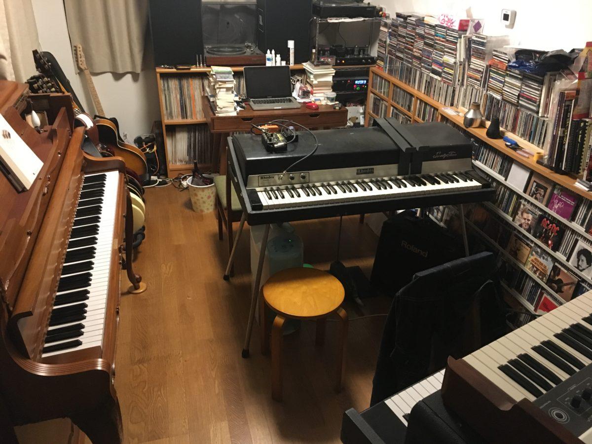 ピアノも弾けないのに鍵盤楽器だらけになった書斎